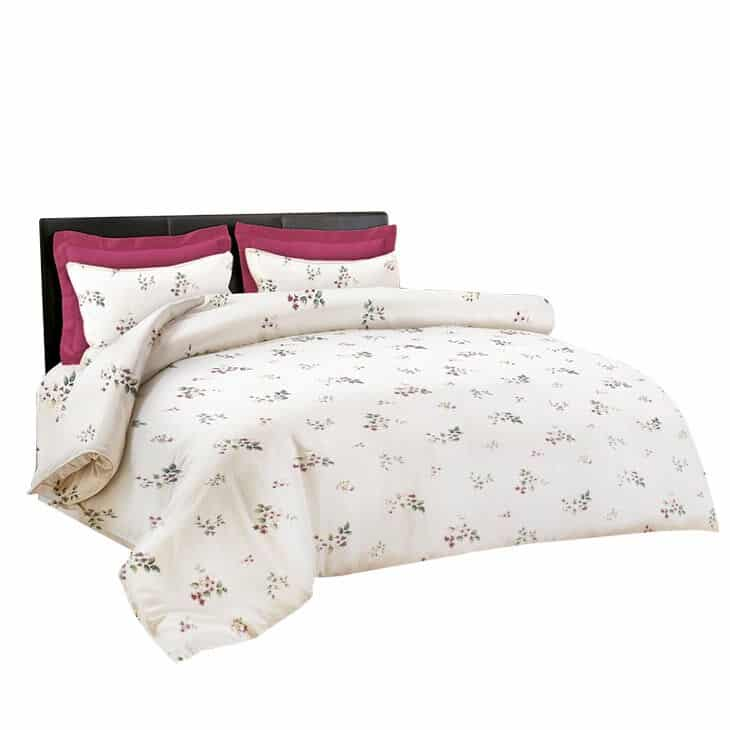 King Rabbit bed cover