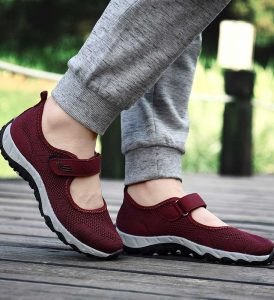 Merk Sepatu Wanita Untuk Jalan jalan