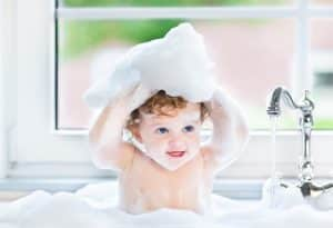 Merk Shampoo Bayi Terbaik