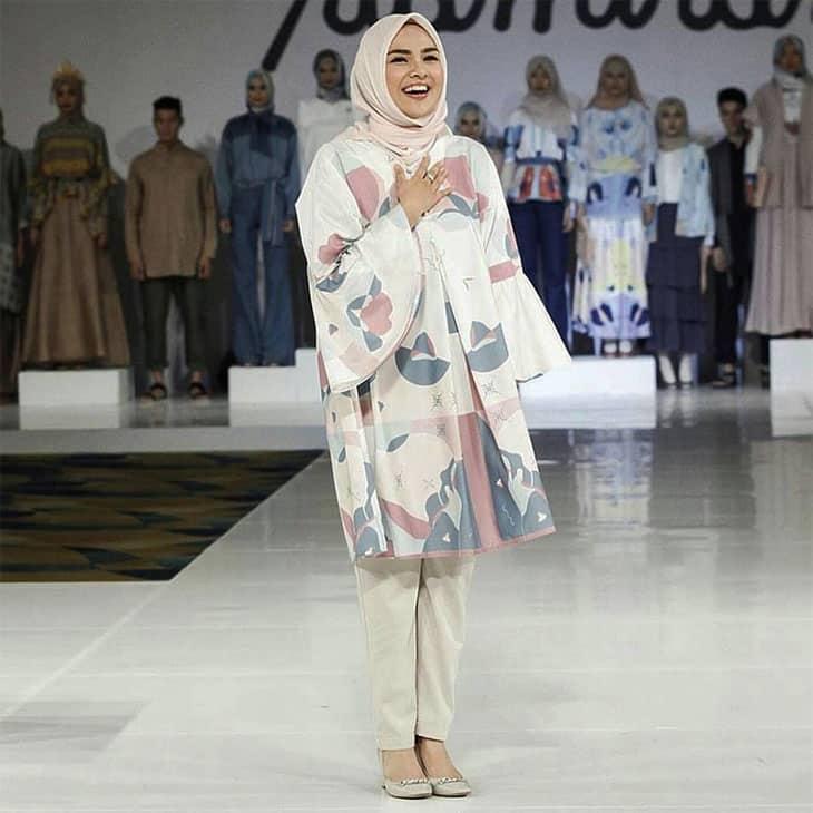 Baju-Muslim-Wanita-Ria-Miranda