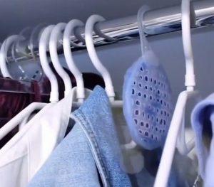 Merk-Pengharum-Lemari-Pakaian