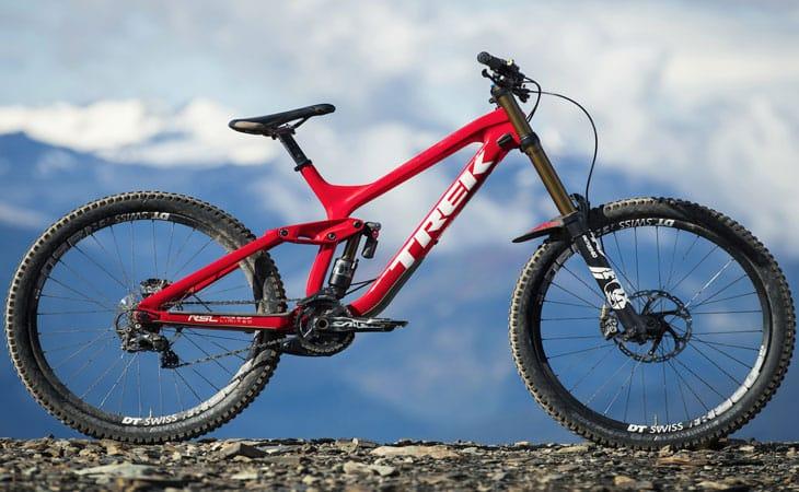 Sepeda Gunung Trek Session 9.9 Carbon