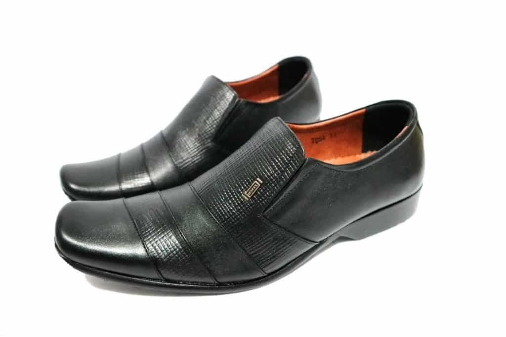 Sepatu-Pantofel-Bally