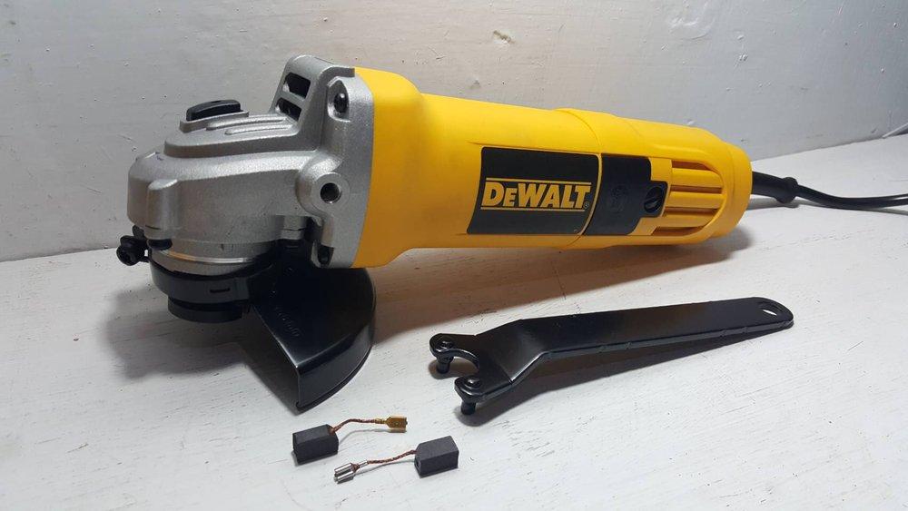 Dewalt-DW-810