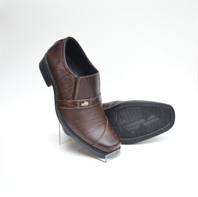 Sepatu-Pantofel-Crocodile