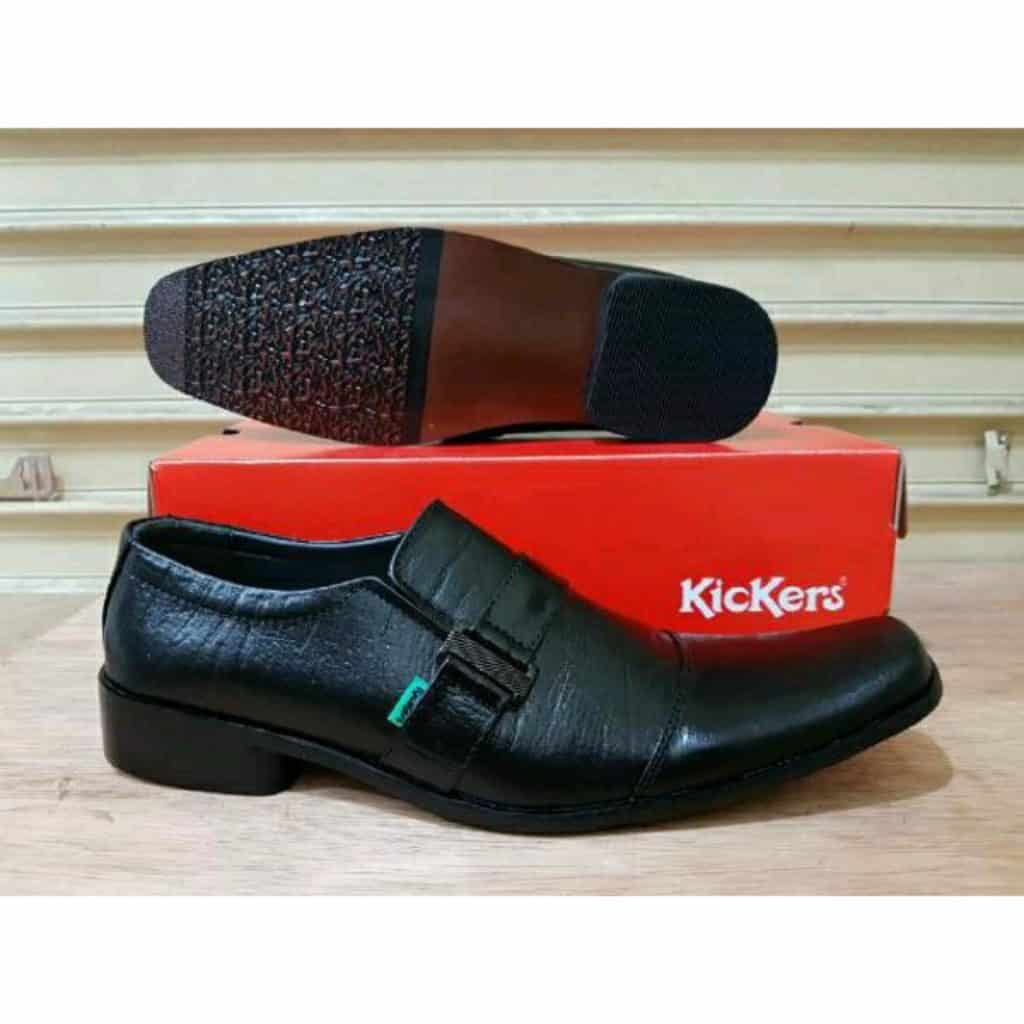 Sepatu-Pantofel-Kickers