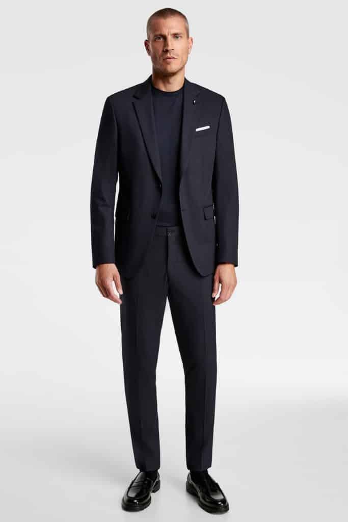 jas-pria-keren-modern-Zara