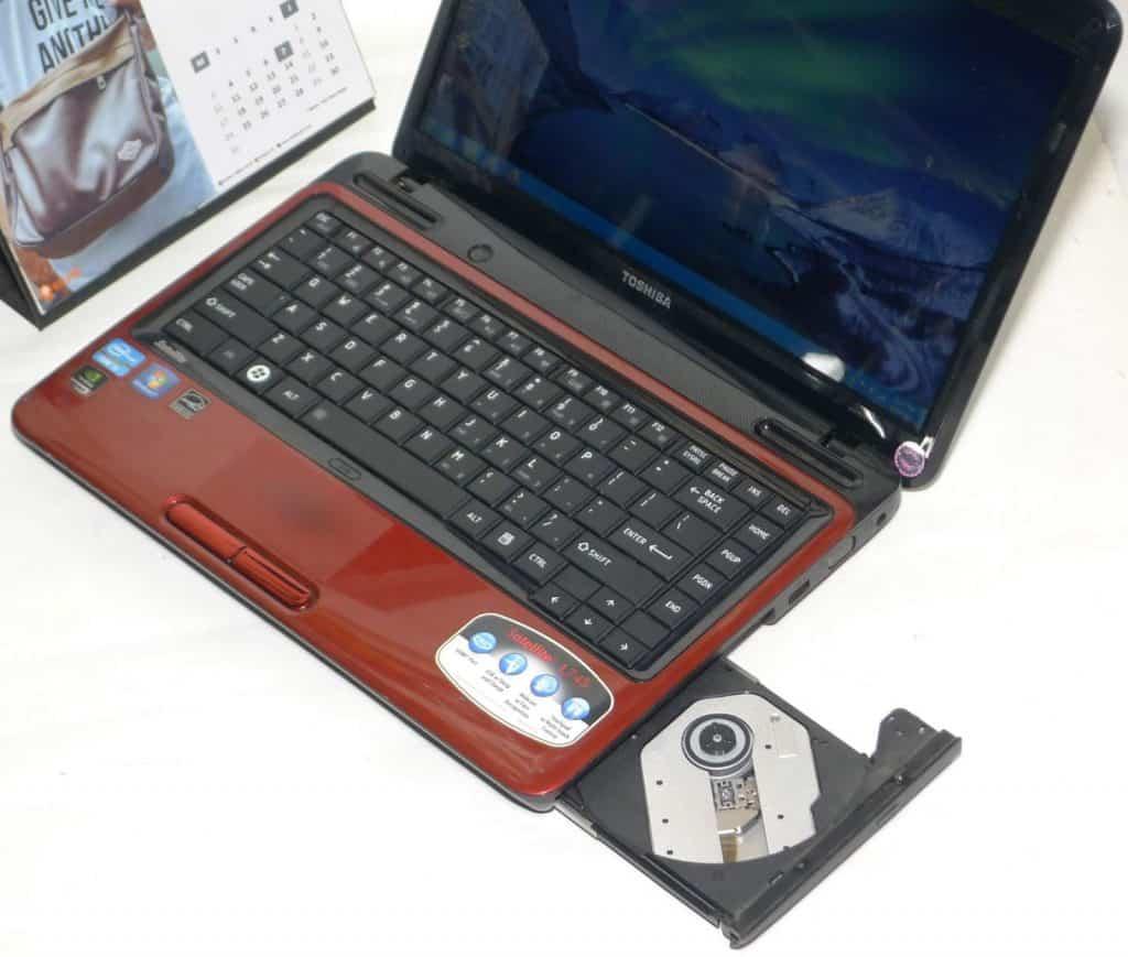 Laptop-Dibawah-2-Jutaan-Toshiba