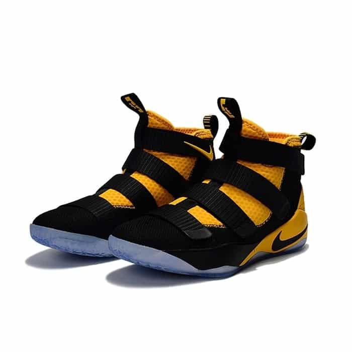 Sepatu-Basket-Nike
